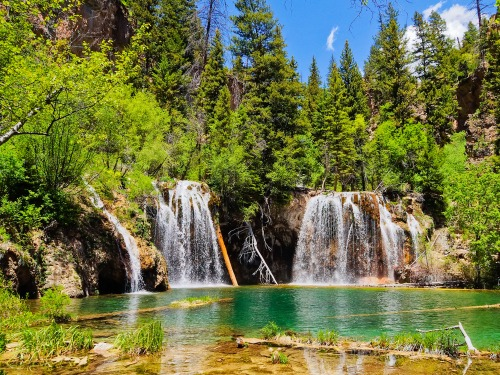 Denver movers recommend Hanging Lake