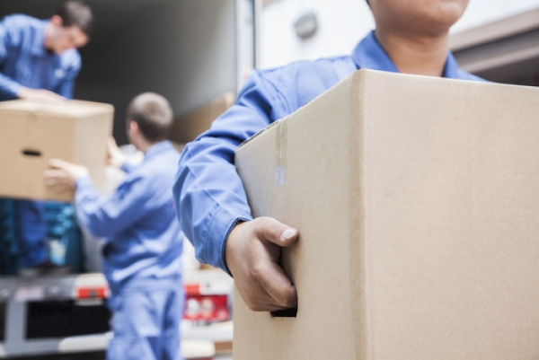 Protect Your Move: Signs Your Movers Aren't Reputable