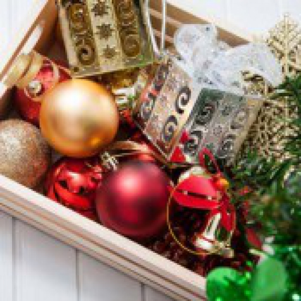 Holiday Decorations: 24 Storage Tips